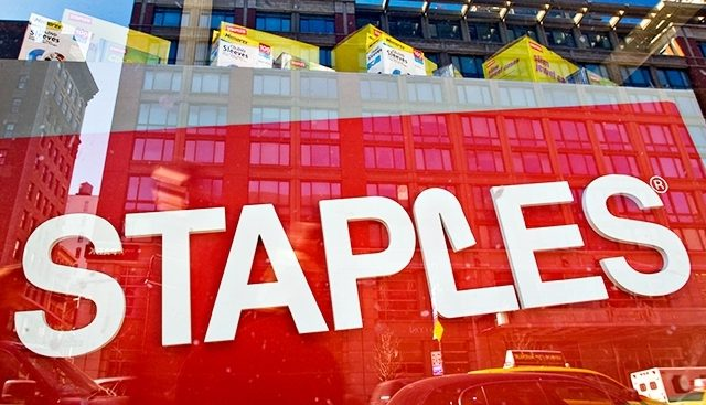 staples vending machine