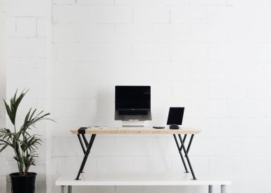 Increase your longevity and mood with a standing desk – the benefits