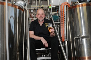 3_neal_aus_brewery-WEB
