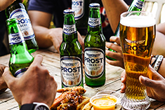 Prost Beer with chicken wings 235px