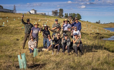 Teams from 4 Pines,-Ryefield Hops & Lanadcare Australia toast planting 1000 trees