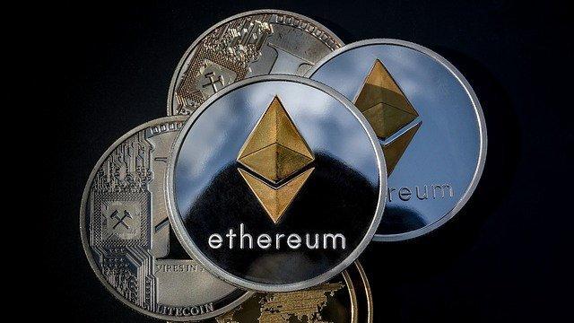 Crypto Market Signalling Downsides: Bitcoin Cash and EOS