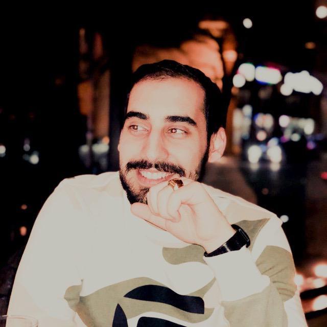 Ali Tayyebi Ali has a account