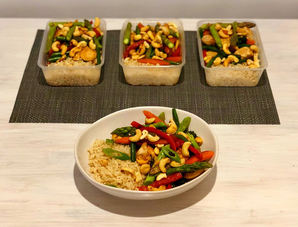 Take away style cashew chicken and vegetable stirfry