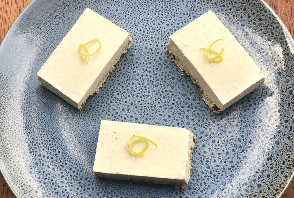 Vegan Coconut and Lemon Cheesecake Slice