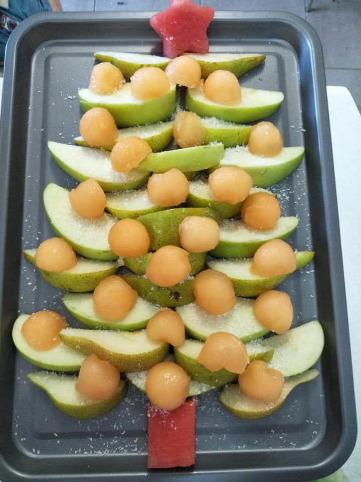 Christmas Tree Fruit Platter.End Of Year School Party Platters The Healthy Mummy Way