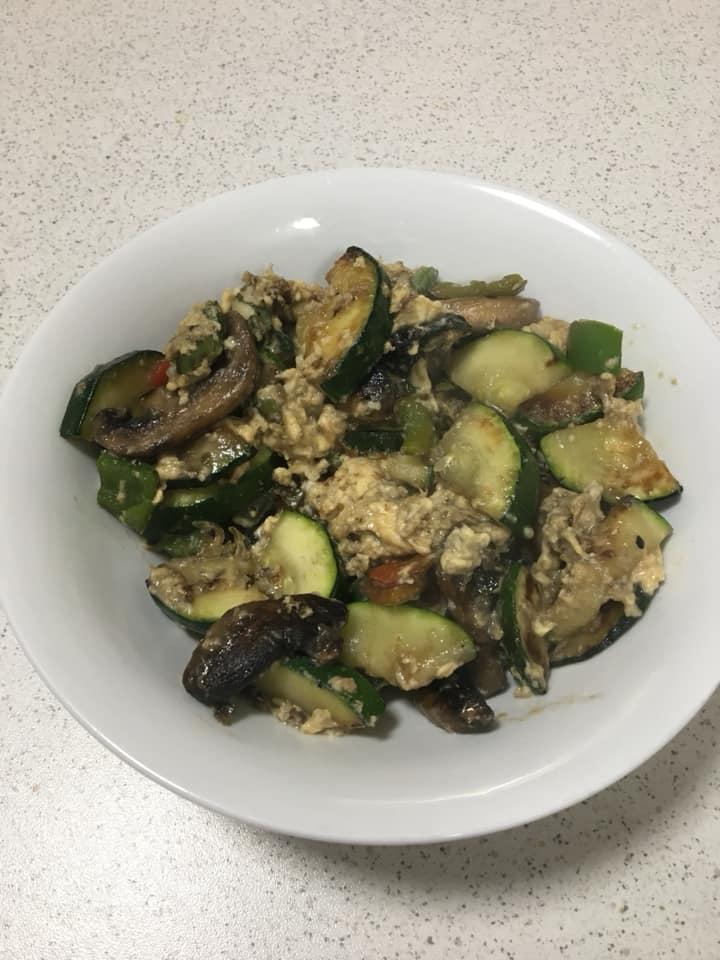 Karrina Oliver scrambled eggs veggies