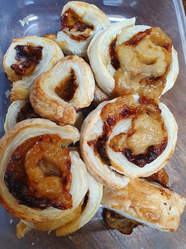 cheese-vegemite-scrolls-eleanor-hannah