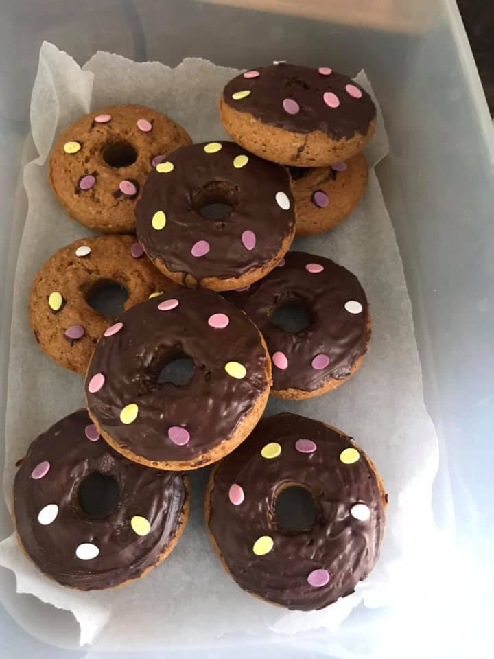 Toni-Scammels-Healthy-Mummy-Donuts