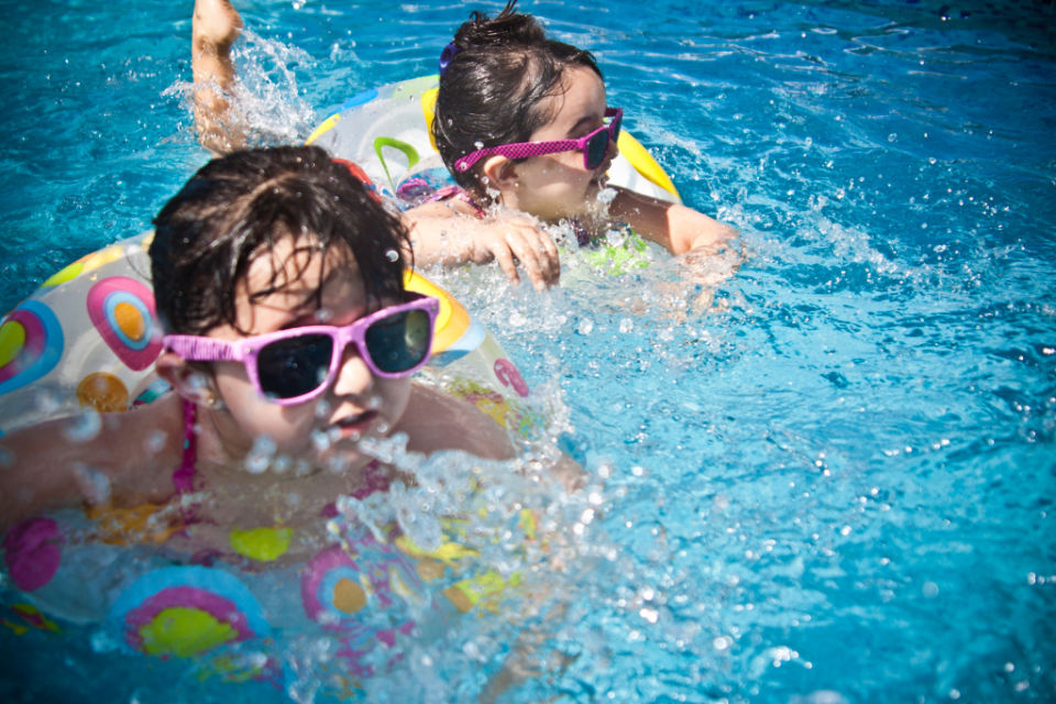 Scientists claim family holidays make kids SMARTER and HAPPIER