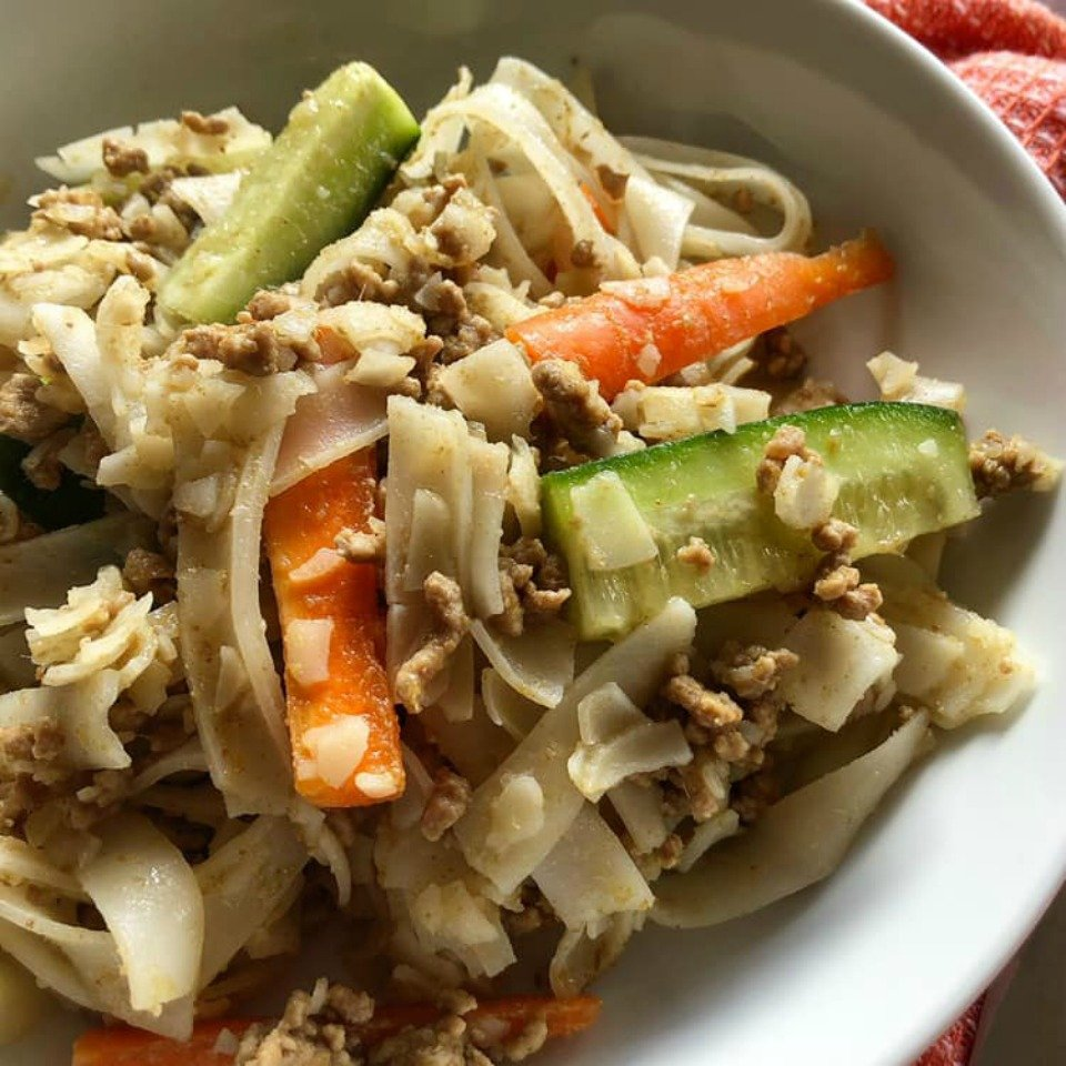 Healthy-Spiced-Pork-Noodles-Megan-Jane