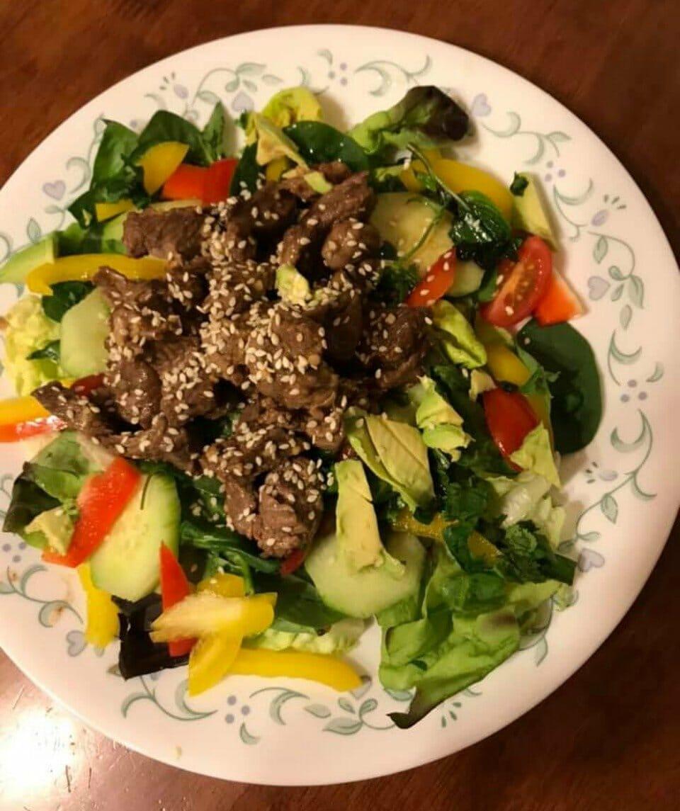 Healthy-Thai-Beef-Salad-Mirella-De-Boni