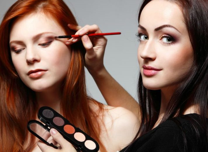 31 things all makeup artists will understand - Professional