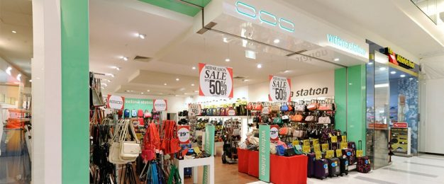 Two more fashion chains call in administrators