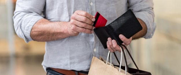 Study finds men more likely to make impulse purchases