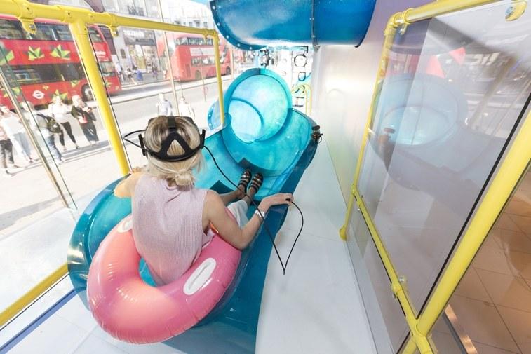 topshop AR VR slide