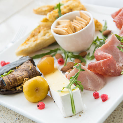 A savoury platter served at Hahndorf Hill's cellar door
