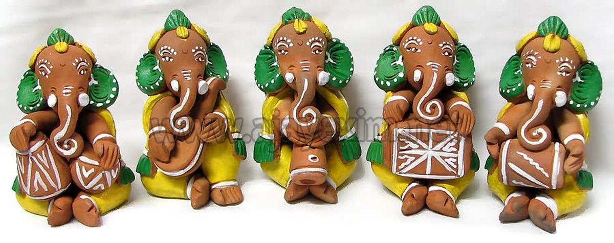 Amazing Music Set Ganesha Statue
