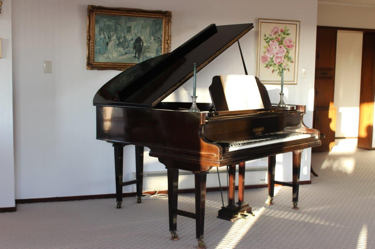 "Grand Piano, Cramer 5'2""- very good condition"