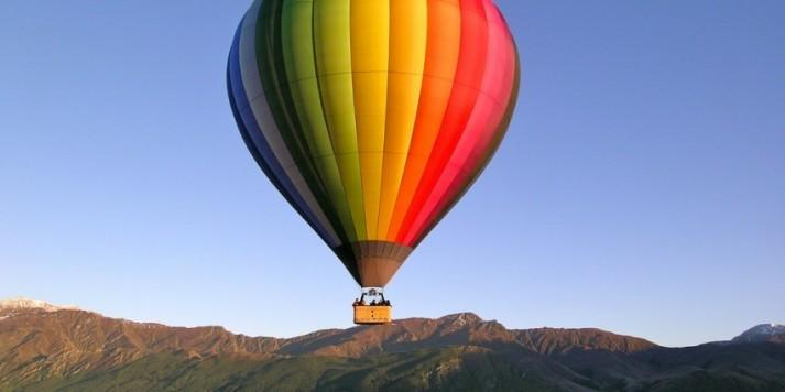 Hot Air Balloon Ride at Sunrise above Queenstown