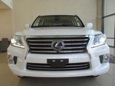 Selling Used  2013 Lexus LX 570 Full Option