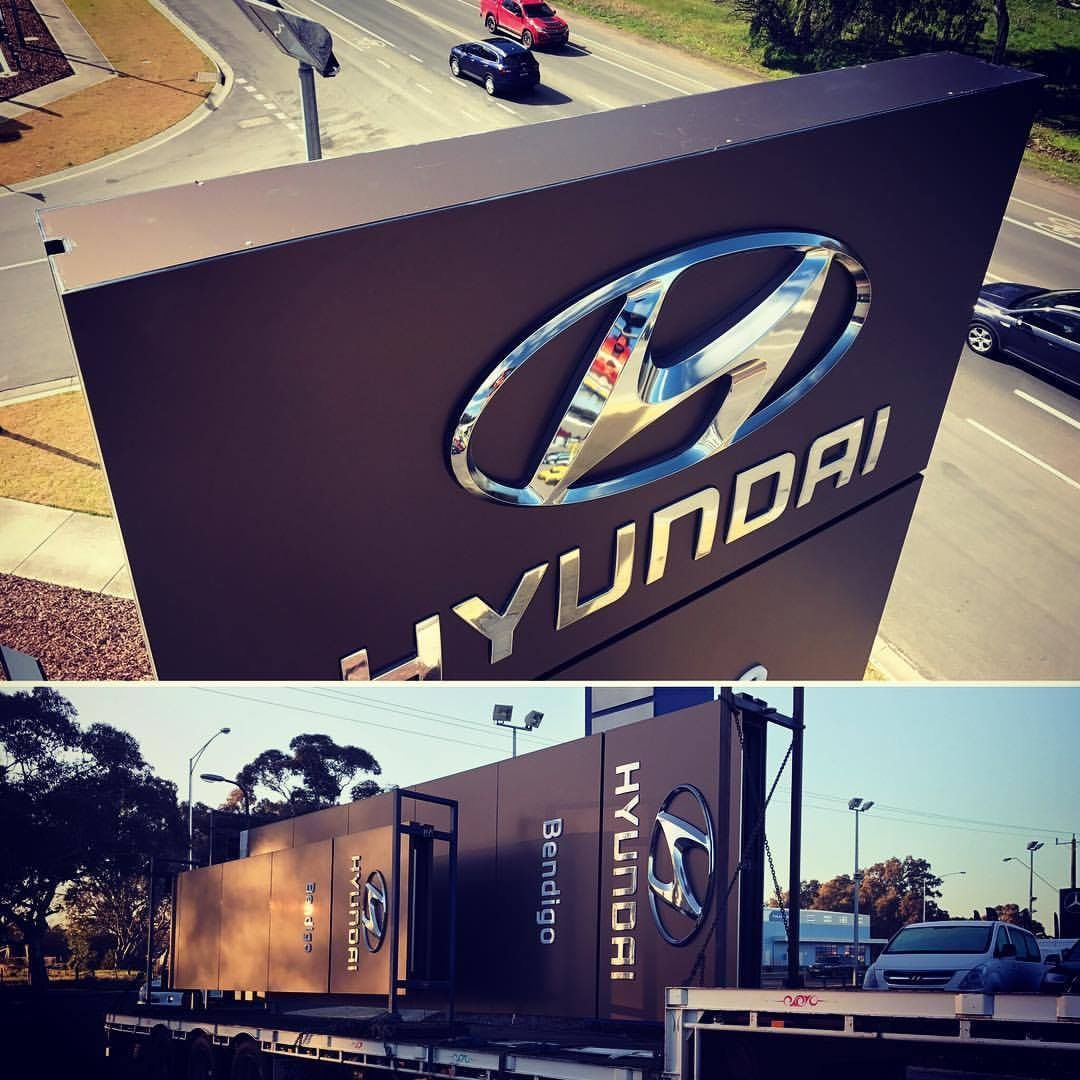 Pylon Signs, Hyundai Signage, Mint Signs Bendigo, Signwriters, Manufacture, Installations, Graphic Design