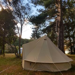 Old School House & Hall Camping & Glamping