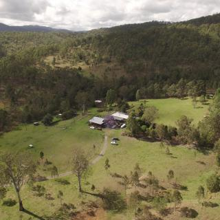 The Hollow Log Country Retreat  878 Mount Byron Rd, Mount Byron QLD 4312, Australia