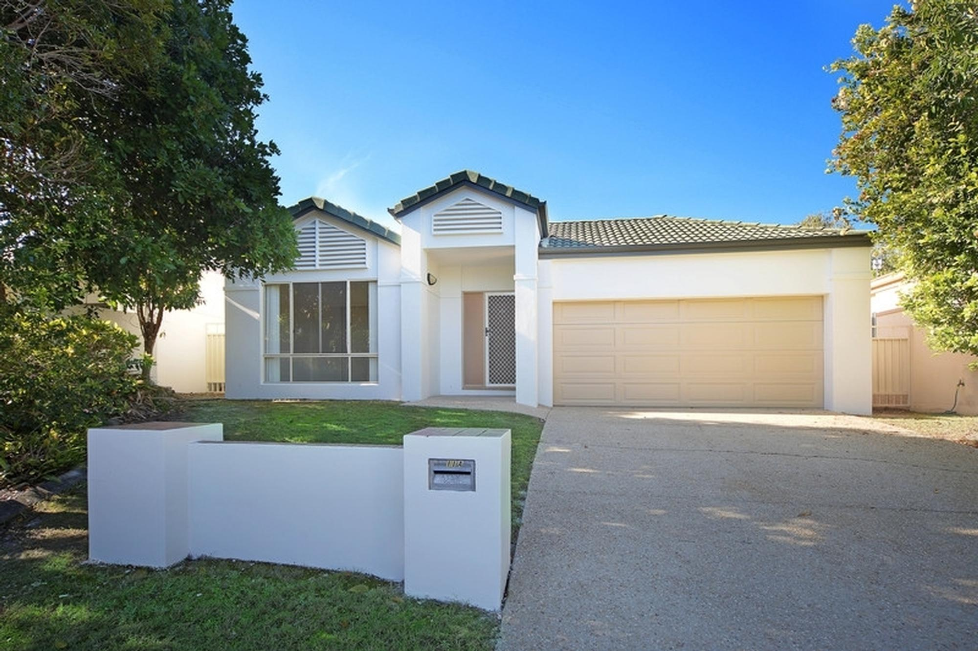 Sunshine Beach - 11A Sarena Street - Sold