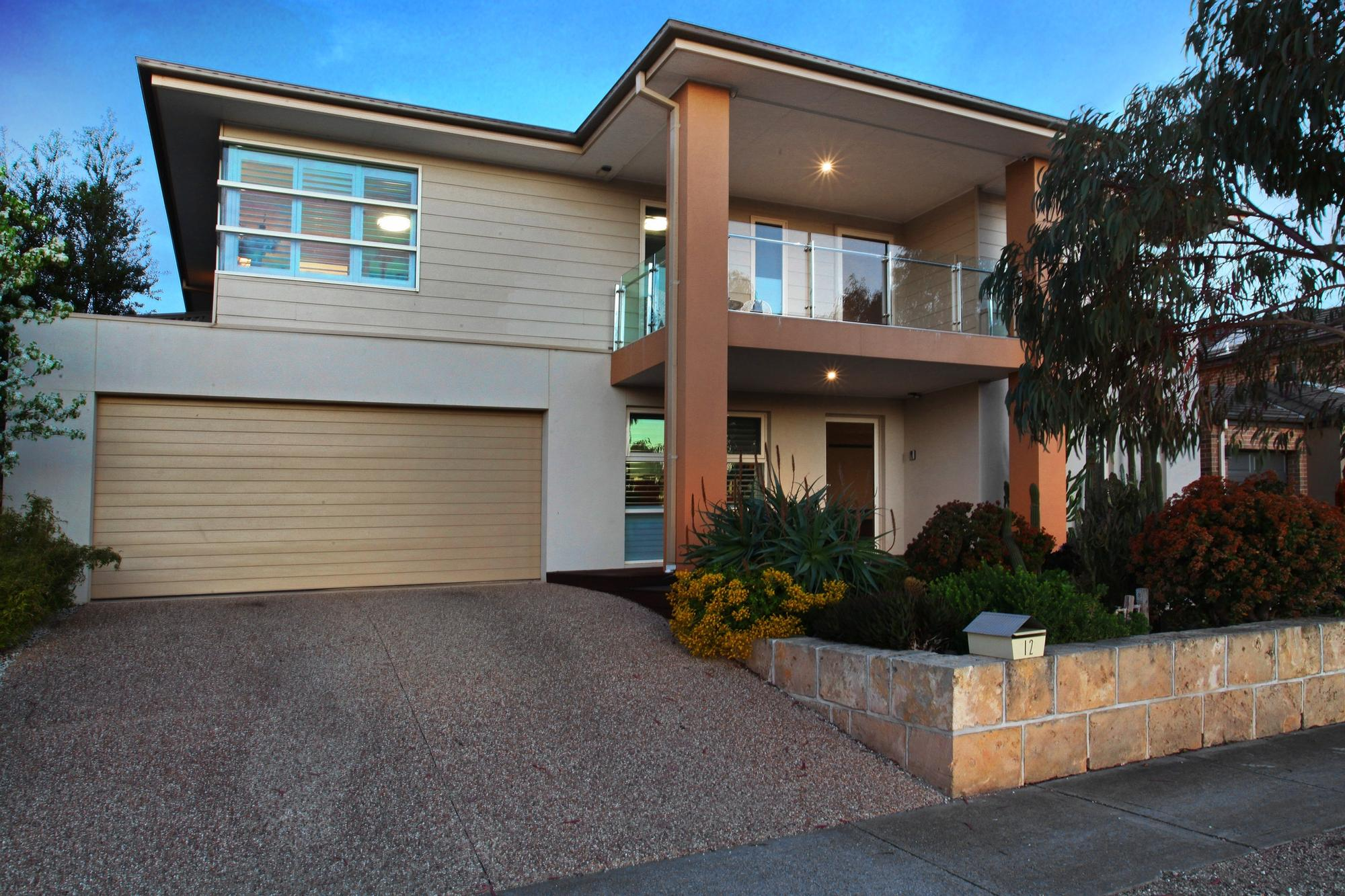 The essence of Sheer Luxury;12 Pedder Street, Manor Lakes