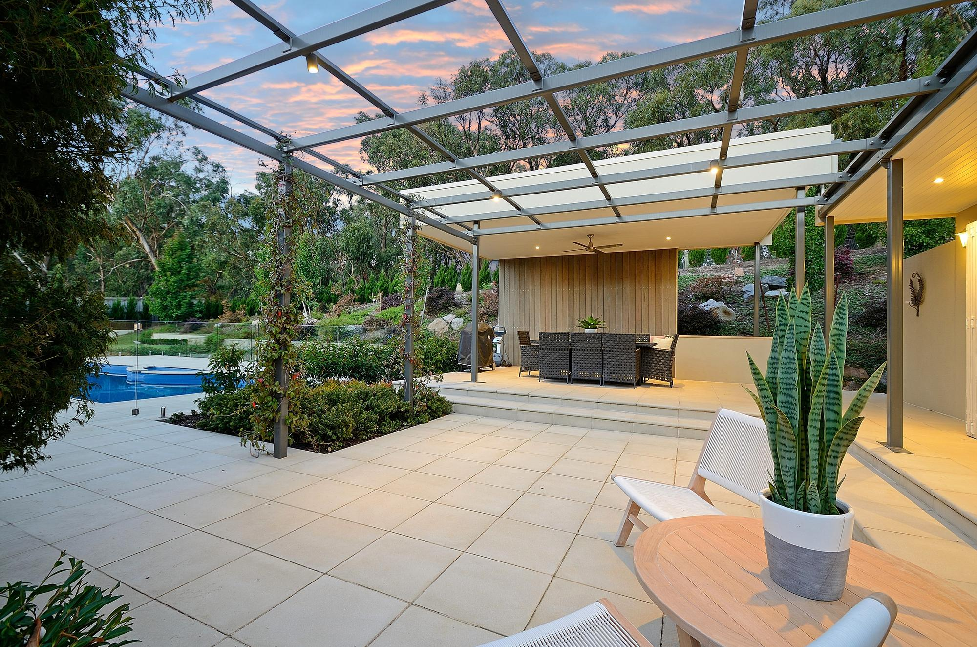 10 Connassidy Close outdoors