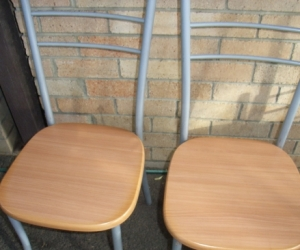 Freedom small round 80cm diameter table and 4 chairs