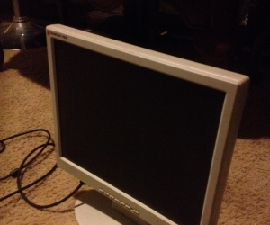 15inche lcd monitor and data cable