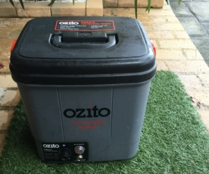 OZITO 12VPotable Washer