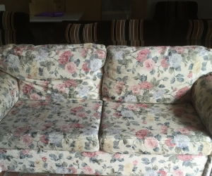Floral 3 seater couch & 2 foot rests