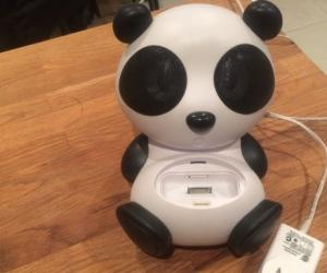 Panda iPhone/iPod dock