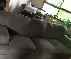 Grey 3 seater couch. 3 yrs old.  Good condition!