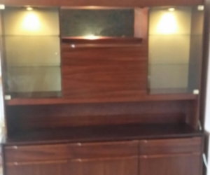 Dark wood Wall Unit with lights and bar section in very good condition