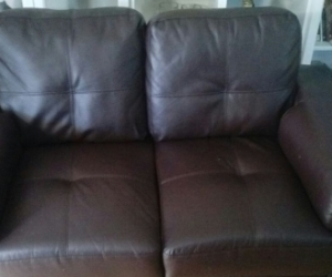2 seated couch leather, cosmetic damaged
