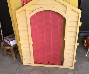 Plastic cubby house (well loved)