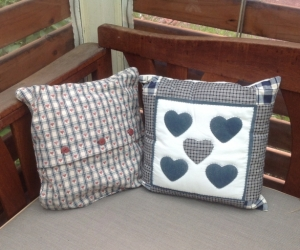 Country style cushions