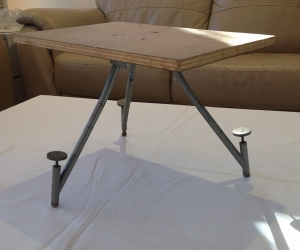 Small Adjustable Projector Table Tripod
