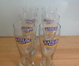 6 x beer glasses