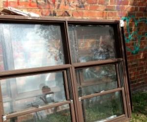 Retro Timber windows x13
