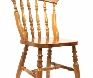 Wanted. Wooden chairs.