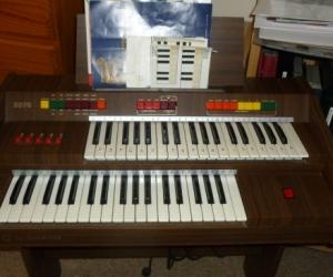 Baleani 237S Electronic Organ