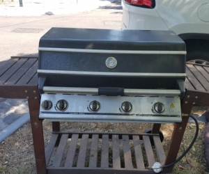 BBQ Cordon Bleu 4 burner