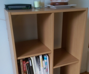 Small bookcase/shelf unit