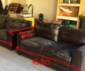 Leather sofas with peeling finish - requiring stretch cover