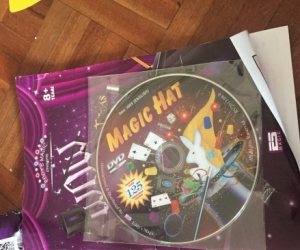 Kids magic tricks box